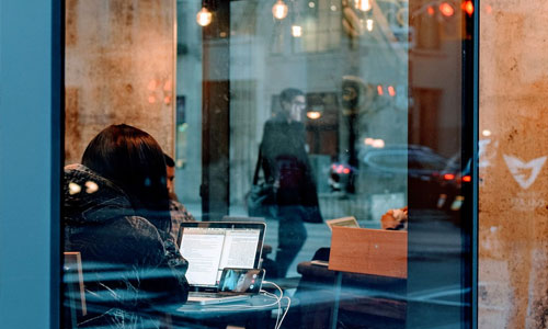 6 Things You Can Do When Bistros Have Free Wi Fi restaurant window - 6 Things You Can Do When Bistros Have Free Wi-Fi
