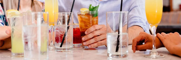 3 Tips for Arranging A Party in A Restaurant people drinks - 3 Tips for Arranging A Party in A Restaurant